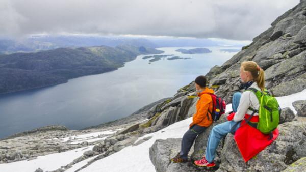 Dronningruten - fottur i Syv Søstre på Helgelandskysten