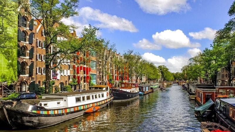 storbyferie-amsterdam-kanal