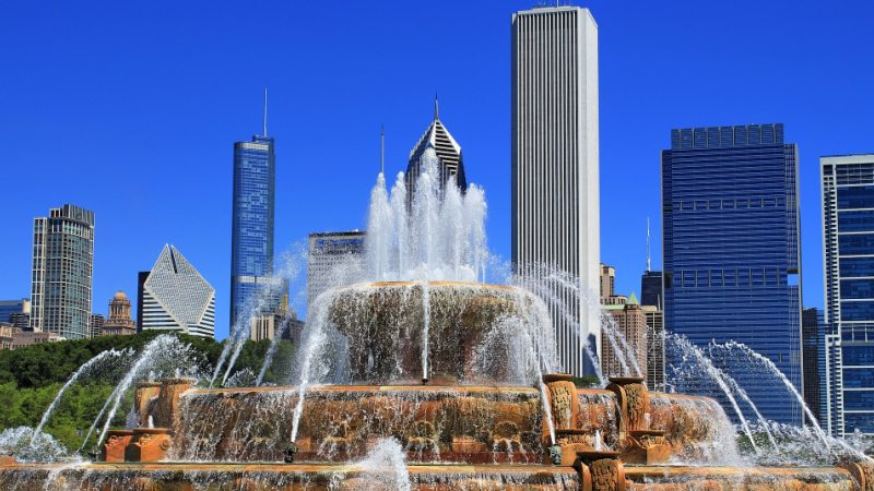 buckingham-fountain-chicago-storbyferie
