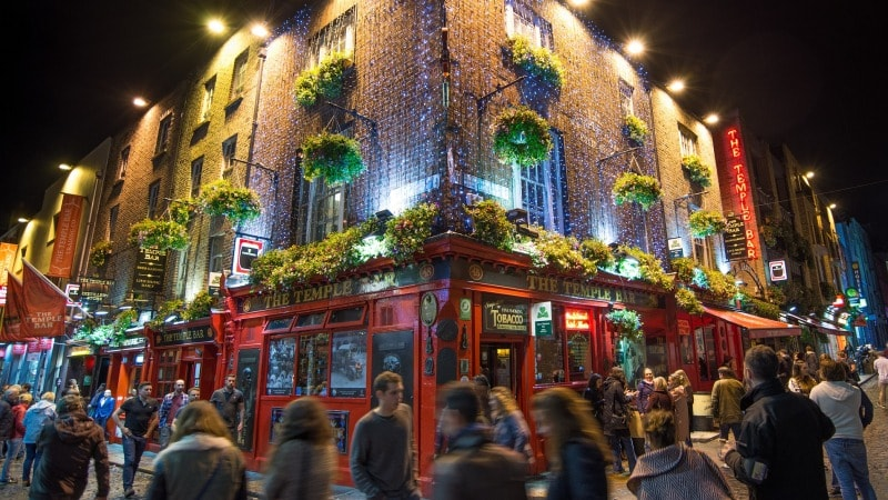 temple-bar-dublin-storbyferie