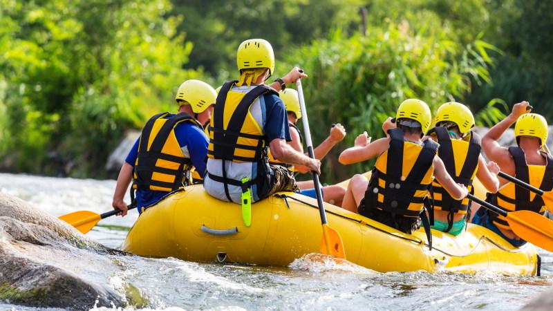 gruppereise-firmatur-aktiviteter-rafting