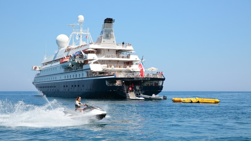 vannsport-cruise-seadream-yacht-club