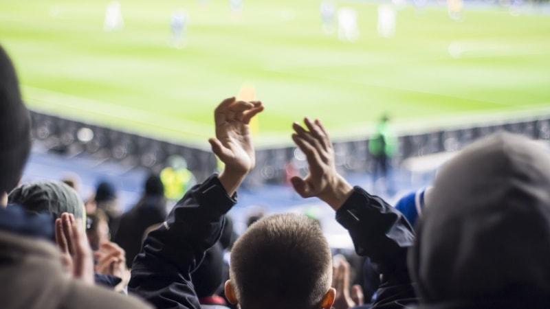 publikum-jubel-fotballkamp