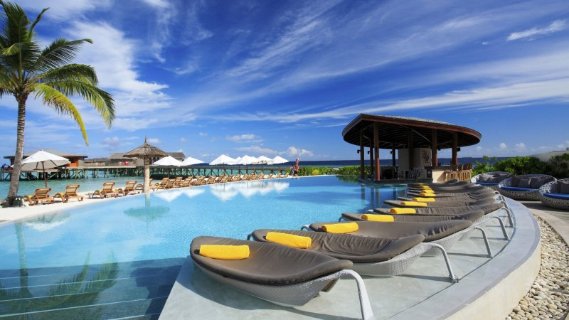 basseng-solsenger-centara_ras_fushi_resort_and_spa