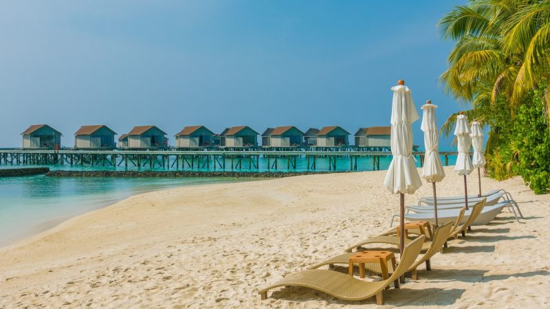 strand-centara_ras_fushi_resort_and_spa-maldivene