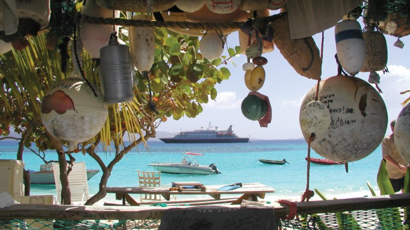 bar-jost-van-dyke-cruise-karibien-seadream-yacht-club