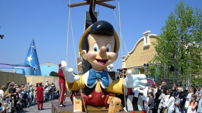 familieferie-disneyland-parade