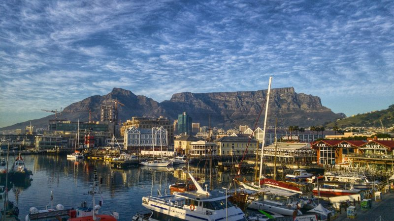 table-mountain-waterfront-area-cape-town