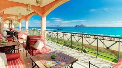 strand-terrasse-gran-hotel-atlantis-bahia-real-fuerteventura