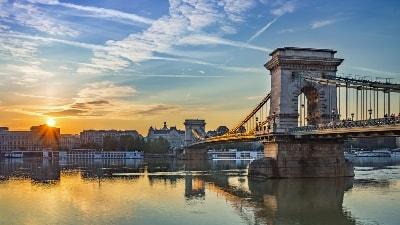 budapest-storbyferie-chainbridge