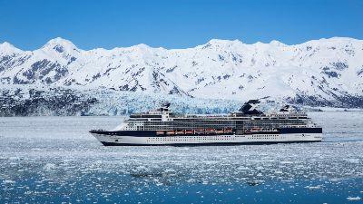 Celebrity Millennium ved Hubbard breen i Alaska. Foto: Celebrity Cruises