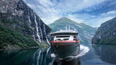 hurtigruten-ms_fridtjof_nansen-cruise-geirangerfjorden