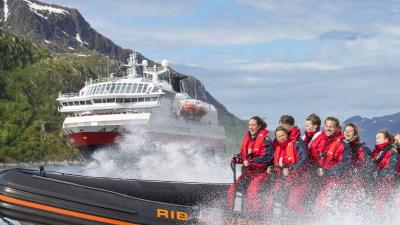 rib-utflukt-hurtigruten-norskekysten