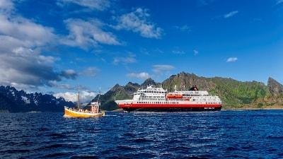 Hurtigruten - tilbud på reiser langs Norskekysten