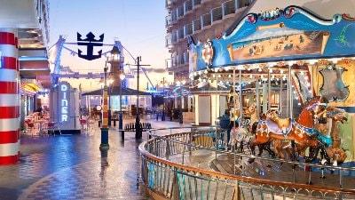 karusell-boardwalk-allure-of-the-seas-karibien