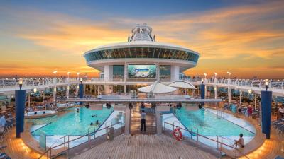 cruise-voyager_of_the_seas-bassengdekk